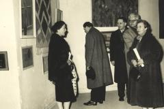 En-meget-ung-Vera-Myhre-230-1964-udstilling