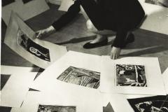 En-meget-ung-Vera-Myhre-Trefoldigheden-1964